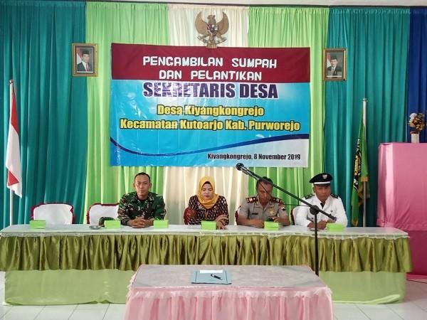 Pelantikan dan Pengambilan Sumpah Sekretaris Desa Kiyangkongrejo